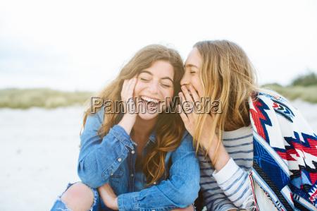 donna risata sorrisi tempo libero stile