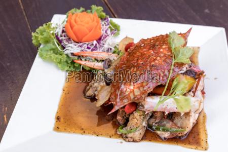 ristorante cibo pepe spezia asia nero